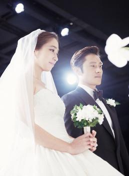 イ・ビョンホン結婚式3.jpg